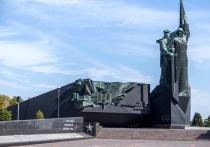 В донецком музее открылась выставка к 80-летию ВОВ