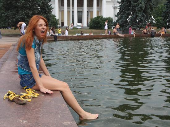 МЧС предупредило москвичей об аномальной жаре в субботу