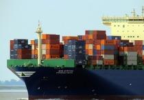 Закрытие одного из крупнейших в Китае портов из-за вспышки COVID-19 на юге страны может оказаться ещё одной «катастрофой в ряду бедствий мировой цепочки поставок», пишет агентство Bloomberg со ссылкой на вице-президента компании Flexport Inc