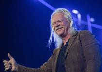 Всем бояться! Солиста группы «Земляне» 65-летнего рок-музыканта Сергея Скачкова внесли в список лиц, угрожающих нацбезопасности Украины