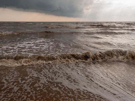 Ростуризм рекомендовал перенести туры в Крым из-за разгула стихии