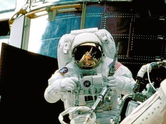 """NASA может забронировать еще одно место на """"Союзе"""" для полета на МКС"""