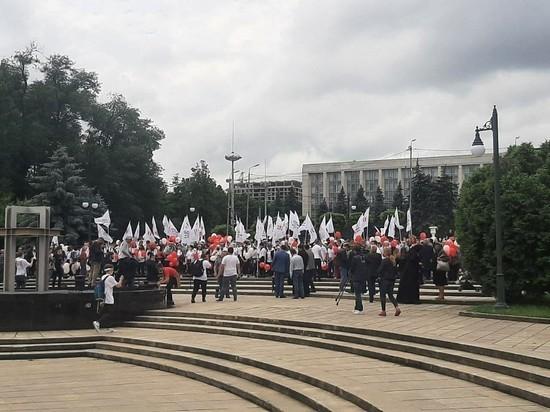 Сотни жителей Молдовы приняли участие в Марше семьи в Кишиневе