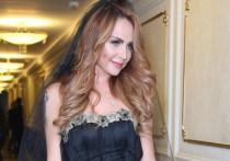 Представитель 38-летней певицы Марины Абросимовой, более известной по сценическому псевдониму МакSим, рассказала подробности о ее состоянии