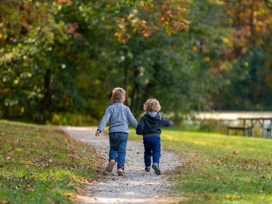 Названы имена детей, с которыми чаще всего случаются неприятности