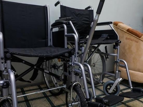 В Астрахани помогли женщине-инвалиду получить средства реабилитации