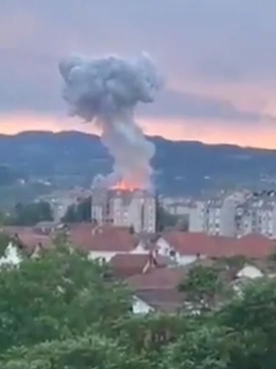 Мэр города в Сербии объявил эвакуацию после взрыва на заводе