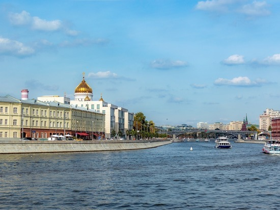 Вильфанд: аномальная жара продержится в Москве минимум неделю
