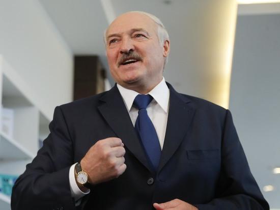 Александр Лукашенко объяснил, почему не делает прививок