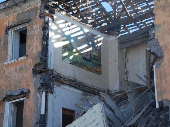 Пять человек погибли при обрушении жилого дома в Китае
