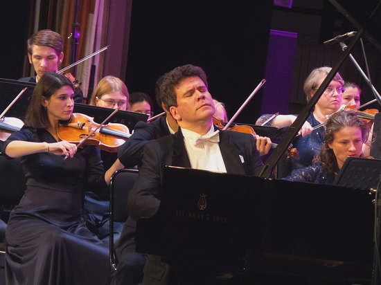 Пианист дал в столице Башкирии благотворительный концерт