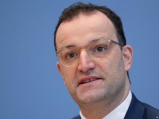 Германия: Минздрав ФРГ закупил слишком много масок