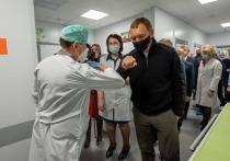 Россию накрыло третьей волной коронавируса
