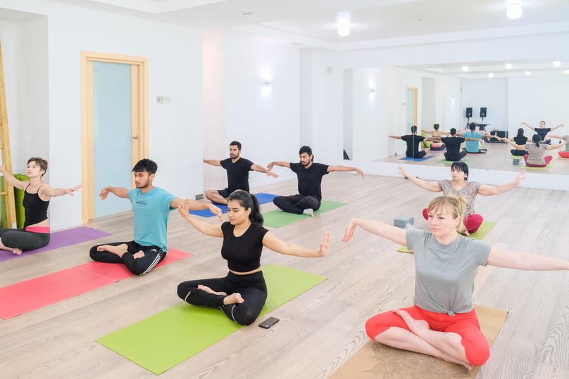 Международный день йоги занятиями и танцами отметили в Волгограде, фото-2