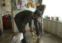 Военнослужащие мобильного отряда Черноморского флота продолжают оказывать помощь крымчанам, пострадавшим от наводнения