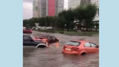 Красноярск затопило вслед за Ялтой: кадры наводнения