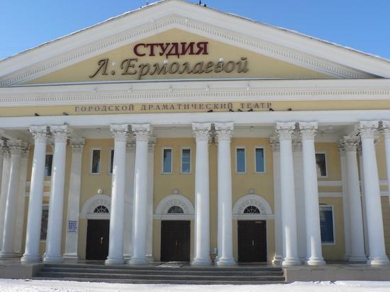 Лидеры труппы одного из театров уезжают из Омска в другой город
