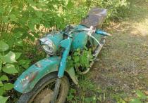 Мотоциклист не справился с управлением в Порховском районе