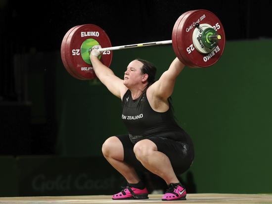 На Олимпиаде в Токио впервые выступит тяжелоатлетка-трансгендер