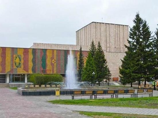 Драмтеатр имени Лермонтова отменил спектакли в Абакане