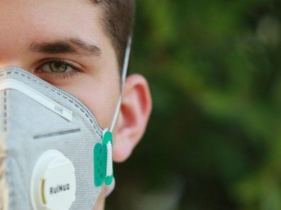 В Роспотребнадзоре дали рекомендации по ношению масок в жару