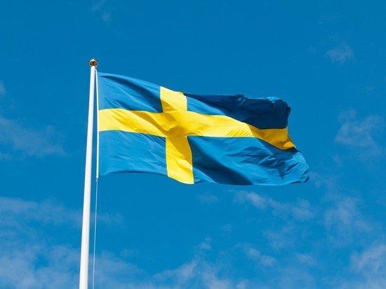Парламент Швеции впервые вынес вотум недоверия премьеру