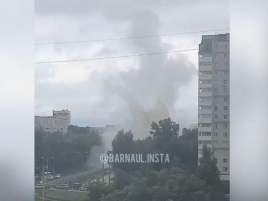 Барнаульцы засняли на видео фонтан размером с девятиэтажный дом
