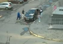 Появилось видео рассветных плясок девушек, получивших ремня от жителя Челябинска