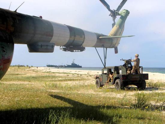 Киев готовит войска к активным военным действиям и надеется на Запад