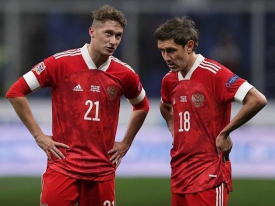 Футболисты сборной России сыграют с командой Дании в красной форме