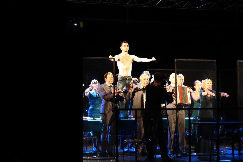 Во время гастролей в Астрахани фурор произвел псковский театр , фото-3