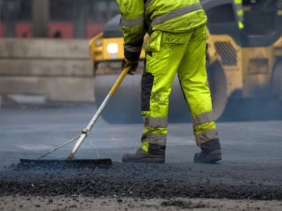 Дорогу на улицах Ипподромной и Крупской отремонтируют в Пскове