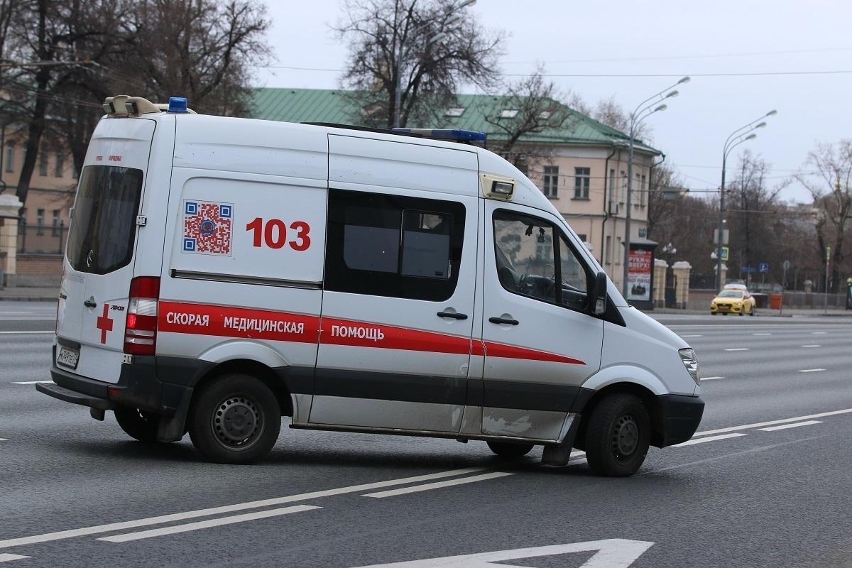 взять авто на прокат в москве