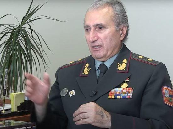 Бывший депутат Верховной рады Украины и отставной генерал ВСУ Вилен Мартиросян публично признался в том, что жалеет о переходе на сторону Украины из рядов Советской Армии в 1991 году