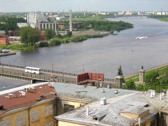 В Новгородской области вводят всеобщую принудительную вакцинацию работающих