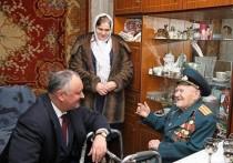 Додон: Наш долг - чтить живых героев Великой Отечественной войны