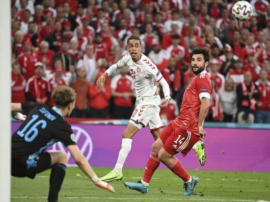 Россия проиграла Дании со счетом 1:4 и покинула Евро-2020