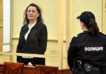 На этой неделе информагентства сообщили, что бывшую судью Мартынову проверяют за кражу 200 миллионов «Газпрома»