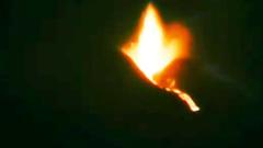 На Сицилии Этна выбросила столб пепла и лавы