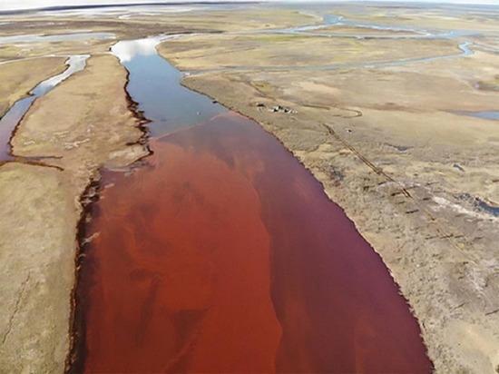 В Норильске и на Таймыре сняли режим ЧС, введенный из-за разлива нефтепродуктов