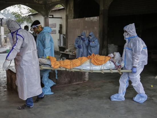 Индийский вариант коронавируса мутировал в еще более опасный штамм