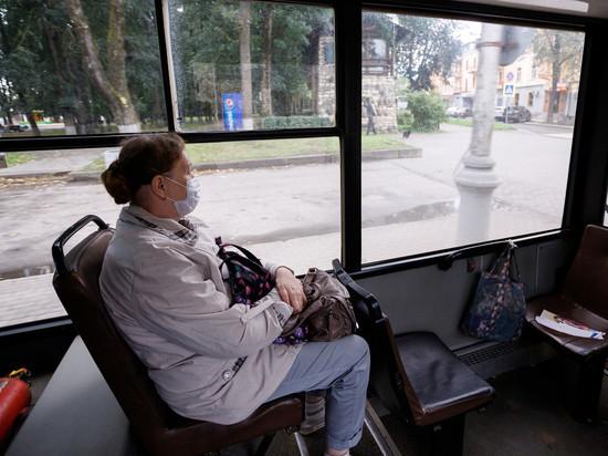 Контроль за ношением масок в автобусах усилят в Псковской области