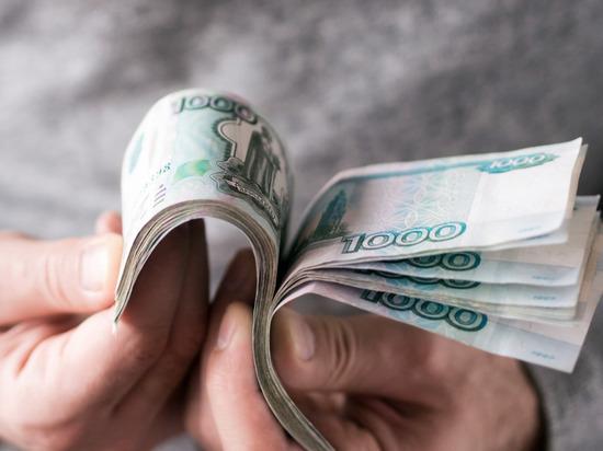 Товаровед из Чудово украла 70 тысяч у родного магазина