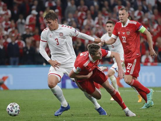 Третий мяч датчан вырубил напряжение: почему сборная России бросила играть