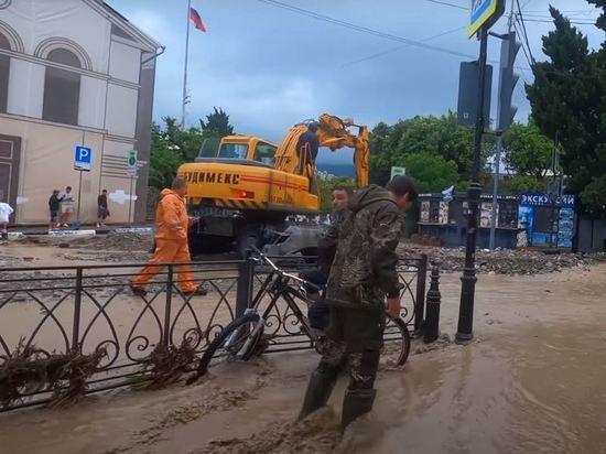 Власти Крыма назвали сумму ущерба от наводнения