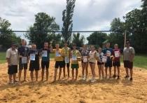 В Амвросиевке определили чемпионов по пляжному волейболу