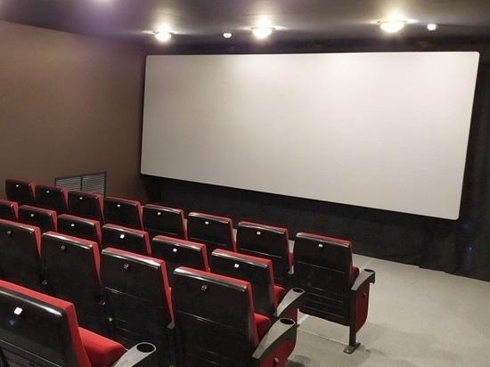 В двух районах Калмыкии появятся современные кинозалы