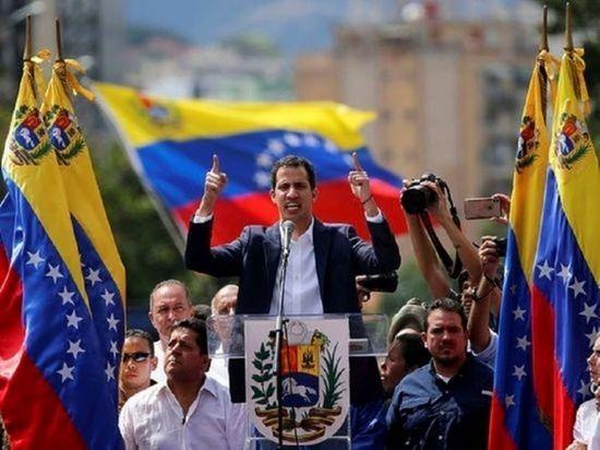 """Глава МИД Венесуэлы назвал Гуайдо """"президентом Нарнии"""""""