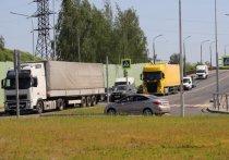 Разметку на перекрёстке Инженерная-Индустриальная в Пскове будут мыть и красить