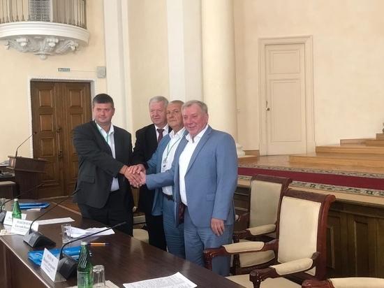 Псковский облсовпроф подписал новое соглашение о сотрудничестве профобъединений